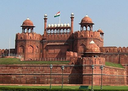 1 420px-Red_Fort,_Delhi_by_alexfurr_(2)